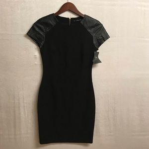 Women's Zara Trafaluc Dress Size Small